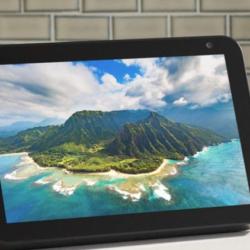 Amazon echo show 8 with 8HD smart display